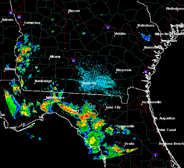 Radar Image for Severe Thunderstorms near Live Oak, FL at 8/28/2018 4:59 PM EDT