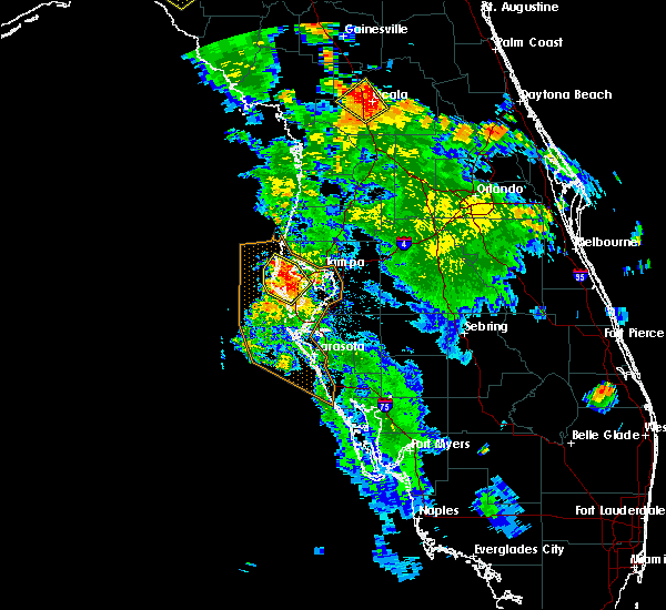 Radar Image for Severe Thunderstorms near Madeira Beach, FL at 8/28/2018 5:42 PM EDT