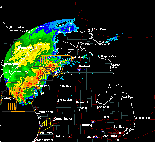 Radar Image for Severe Thunderstorms near Bendon, MI at 8/28/2018 6:35 PM EDT