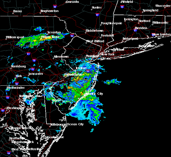 Radar Image for Severe Thunderstorms near Browns Mills, NJ at 8/31/2018 6:40 AM EDT