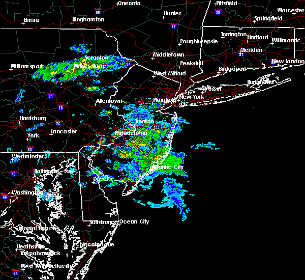 Radar Image for Severe Thunderstorms near Leisuretowne, NJ at 8/31/2018 7:13 AM EDT