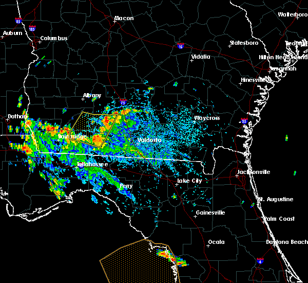 Radar Image for Severe Thunderstorms near Moultrie, GA at 8/31/2018 5:35 PM EDT