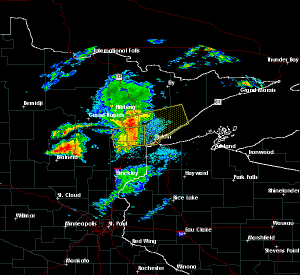 Radar Image for Severe Thunderstorms near Esko, MN at 8/31/2018 8:07 PM CDT