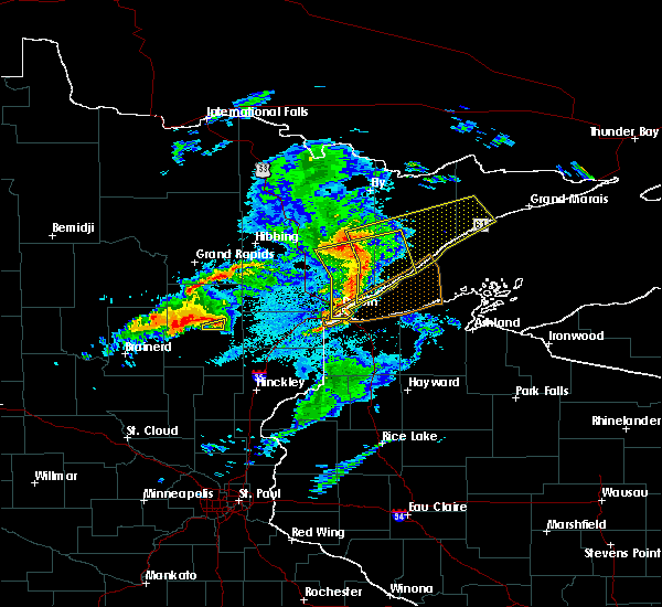Radar Image for Severe Thunderstorms near Duluth, MN at 8/31/2018 8:45 PM CDT