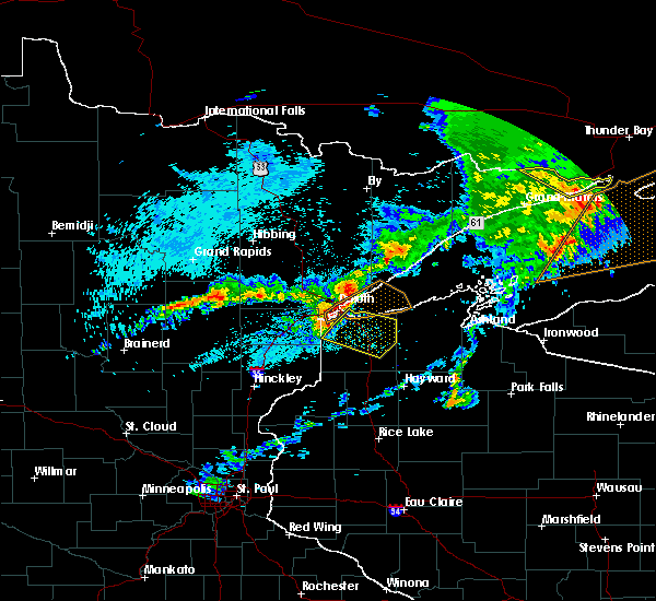 Radar Image for Severe Thunderstorms near Duluth, MN at 8/31/2018 10:36 PM CDT
