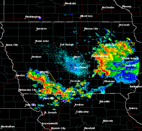 Radar Image for Severe Thunderstorms near Orient, IA at 9/1/2018 1:31 AM CDT