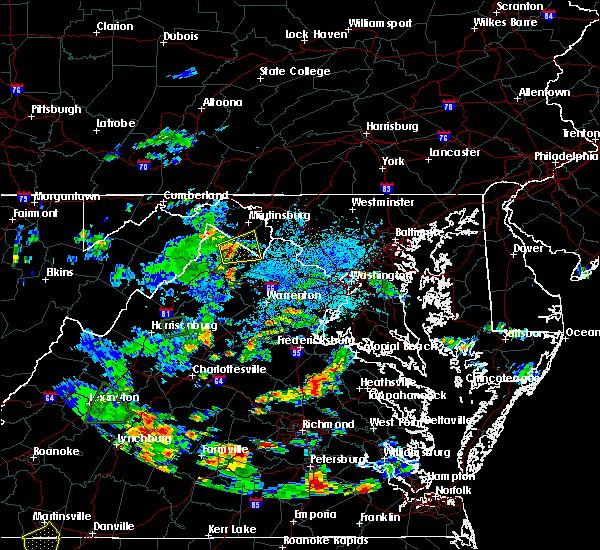 Radar Image for Severe Thunderstorms near Charles Town, WV at 9/1/2018 4:31 PM EDT