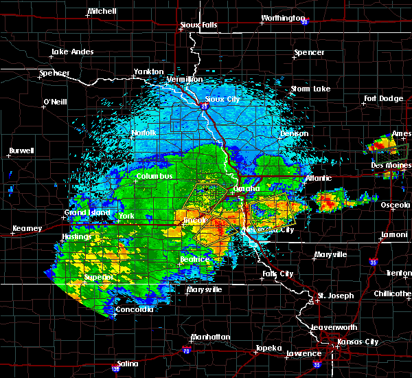 Radar Image for Severe Thunderstorms near Omaha, NE at 9/1/2018 9:48 PM CDT
