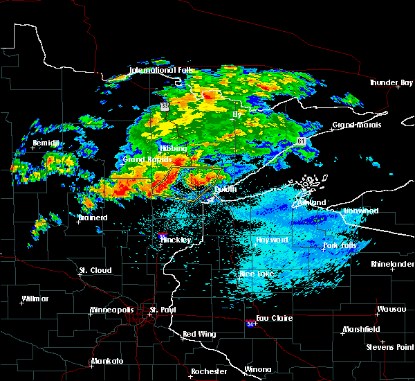 Radar Image for Severe Thunderstorms near Esko, MN at 9/15/2018 1:06 AM CDT