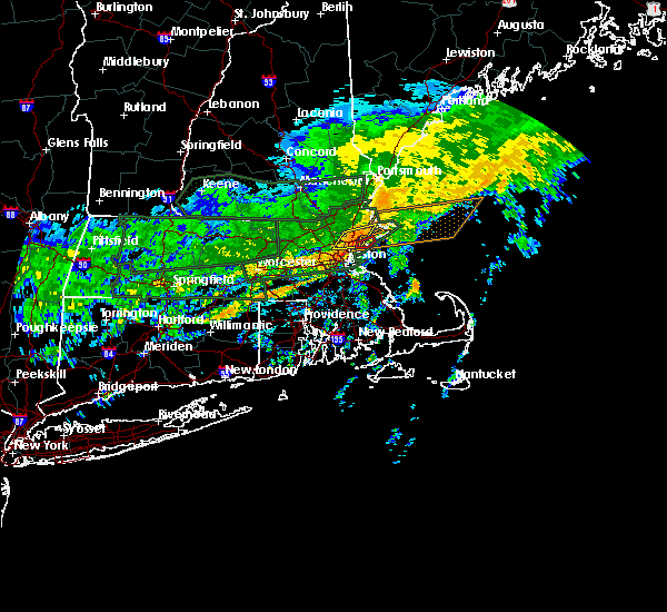 Radar Image for Severe Thunderstorms near Beverly, MA at 9/18/2018 11:03 AM EDT