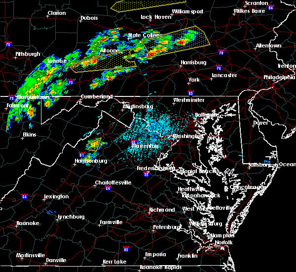 Radar Image for Severe Thunderstorms near Shenandoah, VA at 6/8/2015 3:03 PM EDT