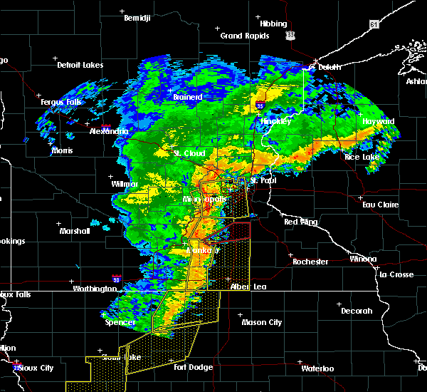 Radar Image for Severe Thunderstorms near Manchester, MN at 9/20/2018 6:28 PM CDT