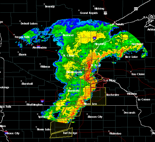 Radar Image for Severe Thunderstorms near Glenville, MN at 9/20/2018 7:04 PM CDT