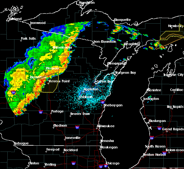 Radar Image for Severe Thunderstorms near Wisconsin Rapids, WI at 9/20/2018 10:41 PM CDT