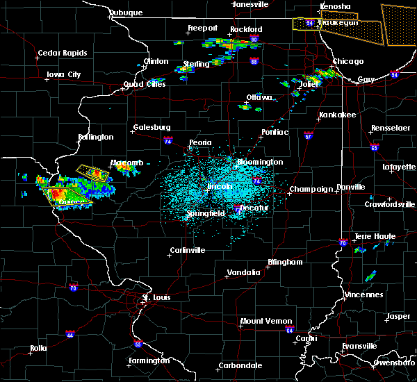 Radar Image for Severe Thunderstorms near Colchester, IL at 6/8/2015 2:56 PM CDT