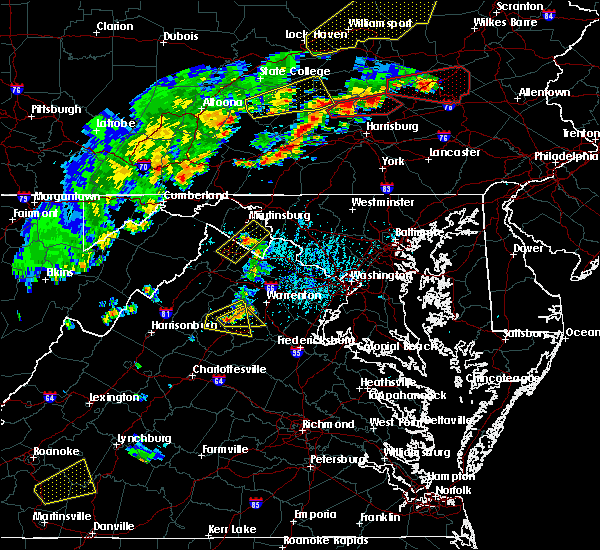 Radar Image for Severe Thunderstorms near Calverton, VA at 6/8/2015 4:09 PM EDT