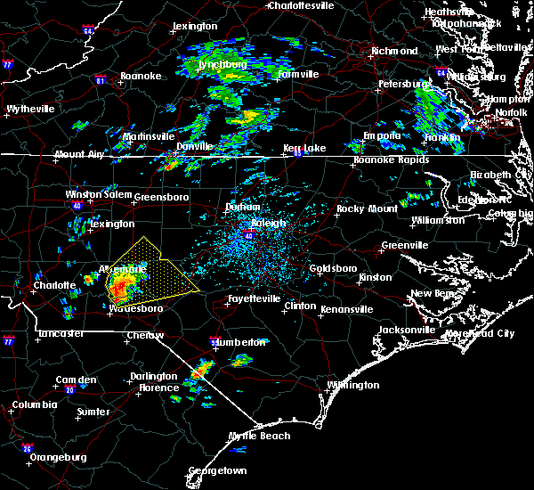 Radar Image for Severe Thunderstorms near Pinehurst, NC at 9/27/2018 3:11 PM EDT