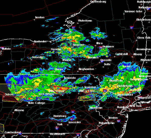 Radar Image for Severe Thunderstorms near East Side, PA at 10/2/2018 6:24 PM EDT