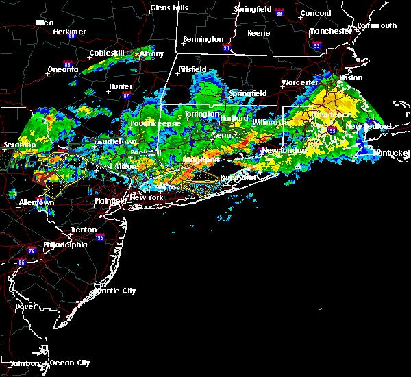 Radar Image for Severe Thunderstorms near Shoreham, NY at 10/2/2018 7:39 PM EDT