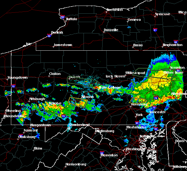 Radar Image for Severe Thunderstorms near Jonestown, PA at 10/2/2018 9:33 PM EDT