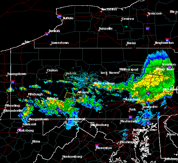 Radar Image for Severe Thunderstorms near Hollidaysburg, PA at 10/2/2018 9:44 PM EDT