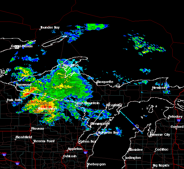 Radar Image for Severe Thunderstorms near Rhinelander, WI at 10/3/2018 4:32 PM CDT