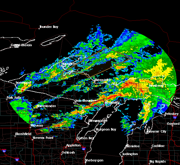 Radar Image for Severe Thunderstorms near Escanaba, MI at 10/3/2018 8:35 PM EDT