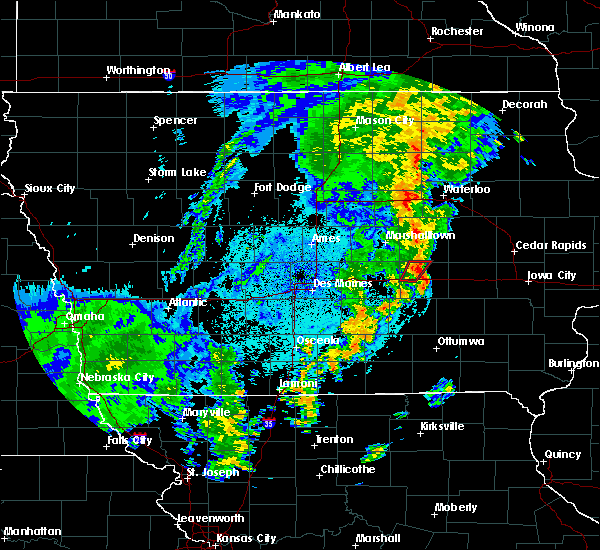 Radar Image for Severe Thunderstorms near Grinnell, IA at 10/8/2018 10:17 PM CDT