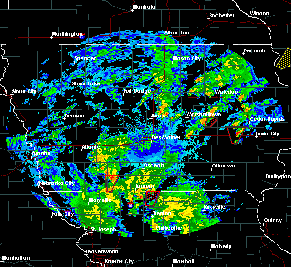 Radar Image for Severe Thunderstorms near Dysart, IA at 10/9/2018 5:02 PM CDT