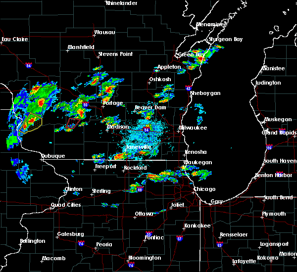 Radar Image for Severe Thunderstorms near Portage, WI at 10/9/2018 5:08 PM CDT