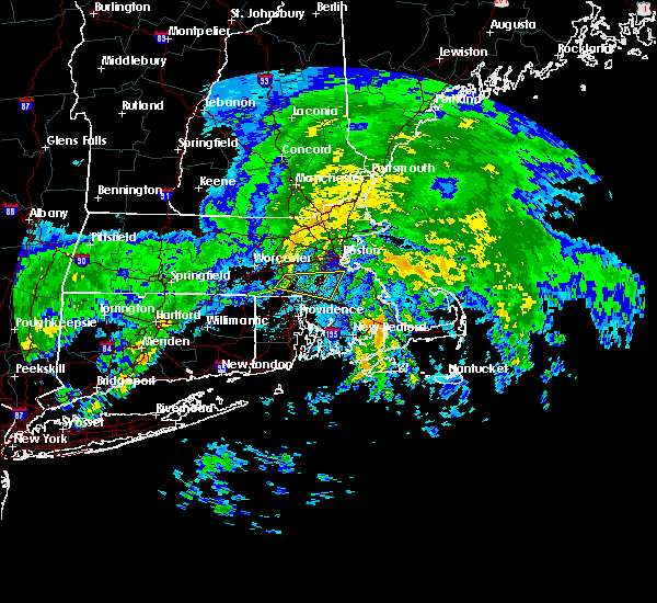 Radar Image for Severe Thunderstorms near Medfield, MA at 10/11/2018 4:44 PM EDT