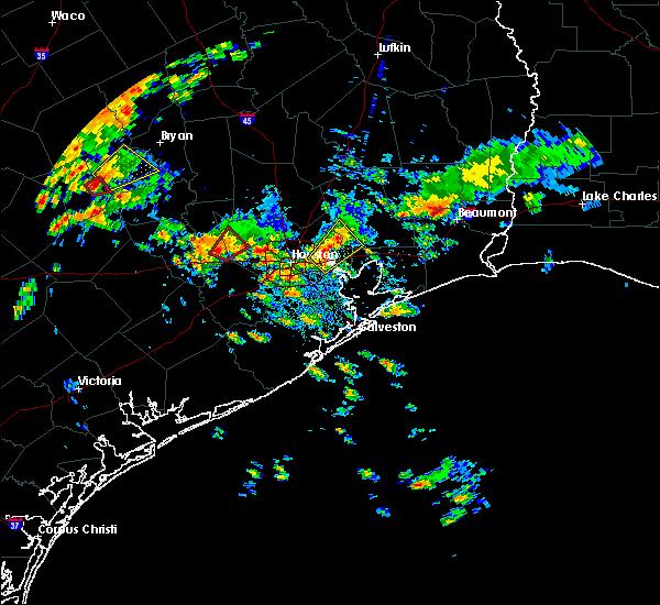 Radar Image for Severe Thunderstorms near Houston, TX at 10/31/2018 4:59 PM CDT