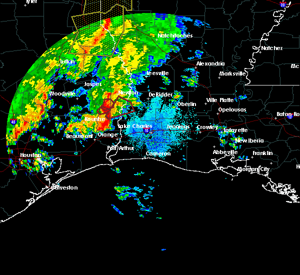 Radar Image for Severe Thunderstorms near Buna, TX at 10/31/2018 8:19 PM CDT