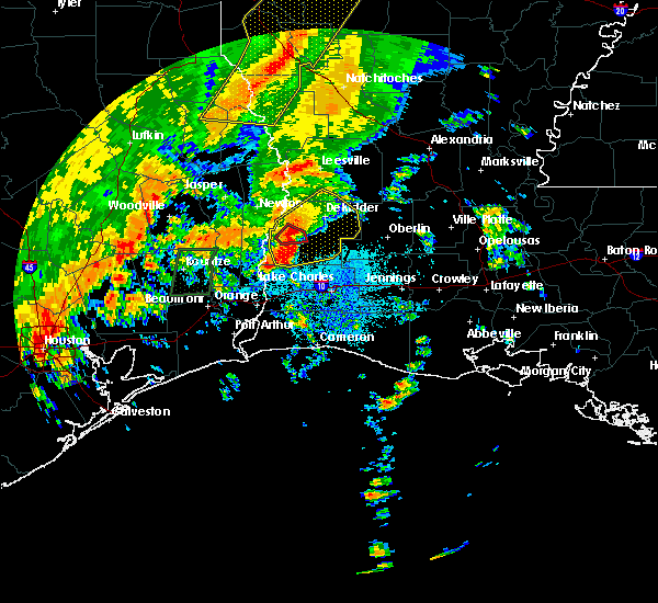 Radar Image for Severe Thunderstorms near Oretta, LA at 10/31/2018 9:01 PM CDT