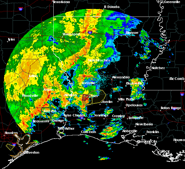Radar Image for Severe Thunderstorms near Sugartown, LA at 10/31/2018 9:45 PM CDT
