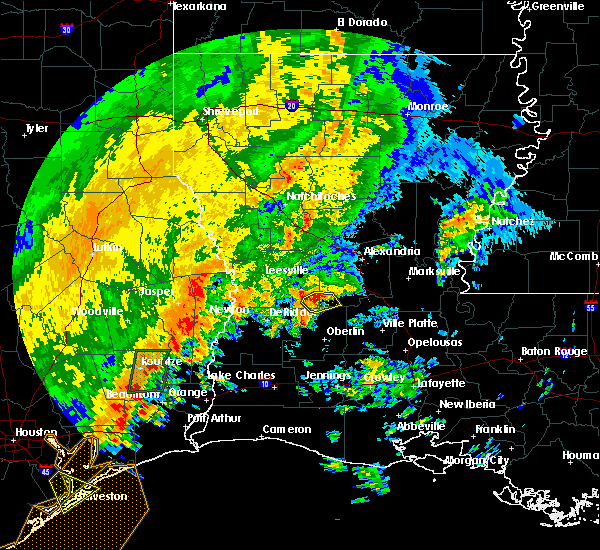 Radar Image for Severe Thunderstorms near Elizabeth, LA at 10/31/2018 10:24 PM CDT