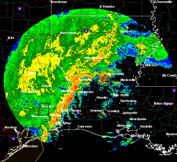 Radar Image for Severe Thunderstorms near Woodworth, LA at 10/31/2018 11:22 PM CDT