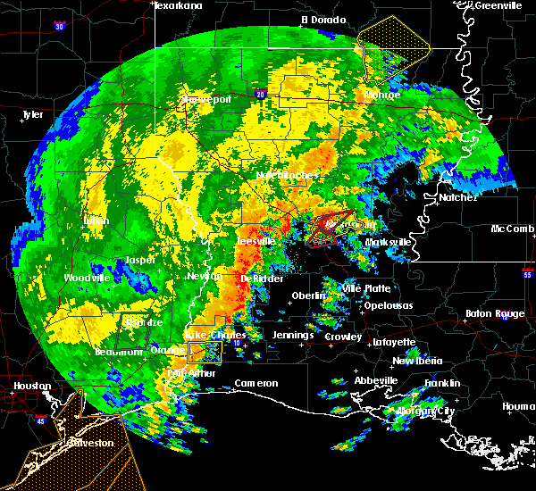 Radar Image for Severe Thunderstorms near Ball, LA at 10/31/2018 11:40 PM CDT