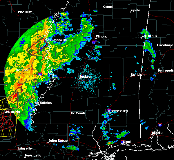 Radar Image for Severe Thunderstorms near Eudora, AR at 11/1/2018 12:37 AM CDT