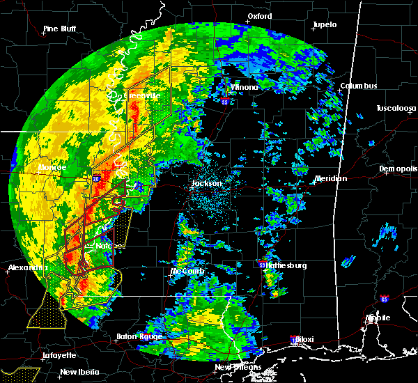 Radar Image for Severe Thunderstorms near Natchez, MS at 11/1/2018 1:56 AM CDT