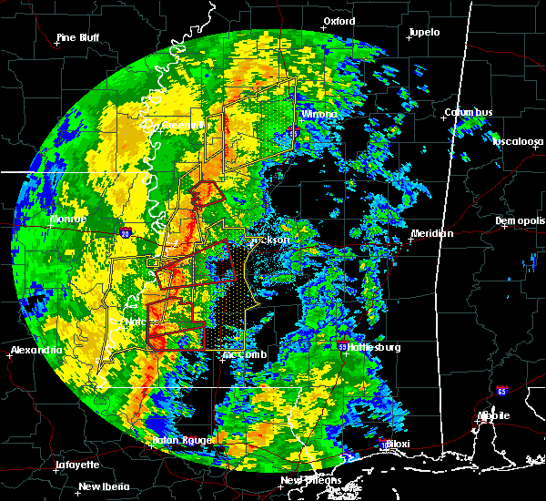 Radar Image for Severe Thunderstorms near Eden, MS at 11/1/2018 2:43 AM CDT