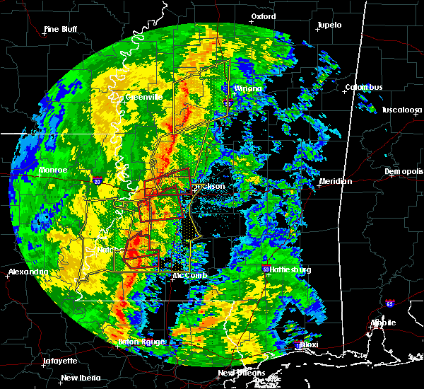 Radar Image for Severe Thunderstorms near Newellton, LA at 11/1/2018 2:56 AM CDT