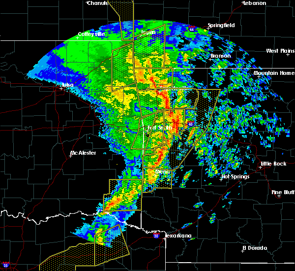 Radar Image for Severe Thunderstorms near St. Paul, AR at 11/30/2018 11:45 PM CST