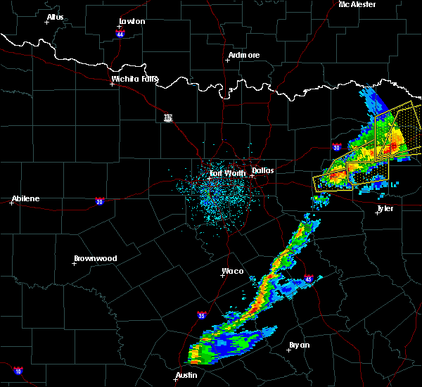 Radar Image for Severe Thunderstorms near Emory, TX at 12/1/2018 12:11 AM CST