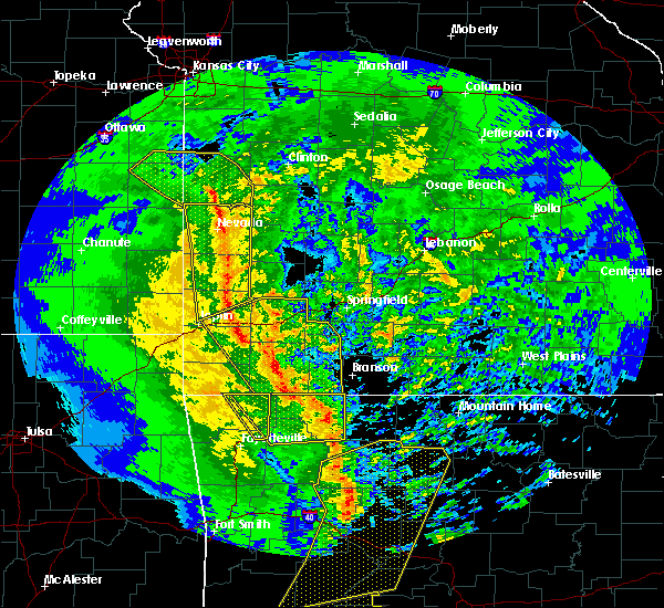 Radar Image for Severe Thunderstorms near Exeter, MO at 12/1/2018 12:20 AM CST