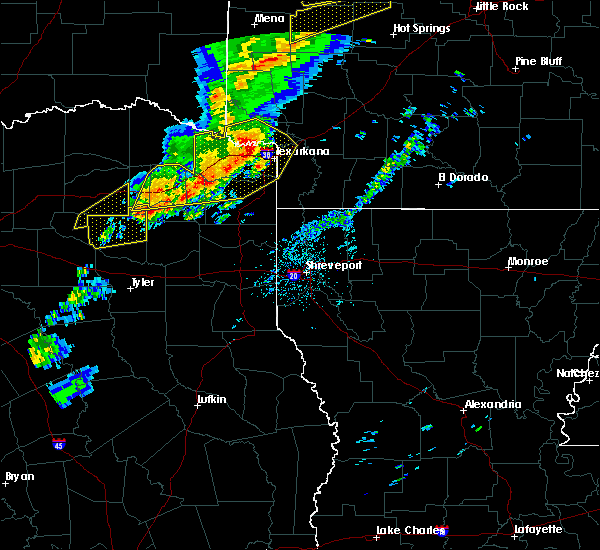 Radar Image for Severe Thunderstorms near Wilton, AR at 12/1/2018 12:45 AM CST