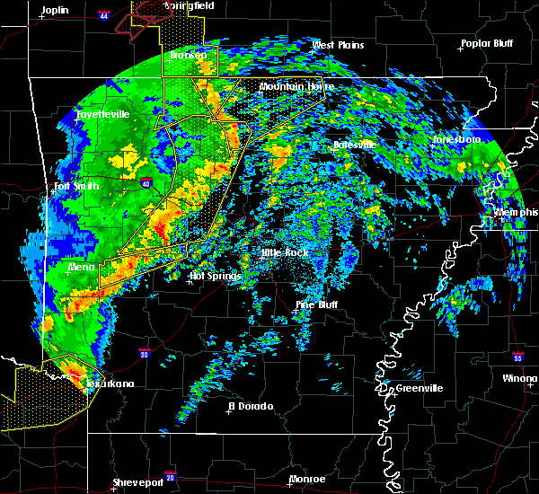 Radar Image for Severe Thunderstorms near Salem, AR at 12/1/2018 12:55 AM CST