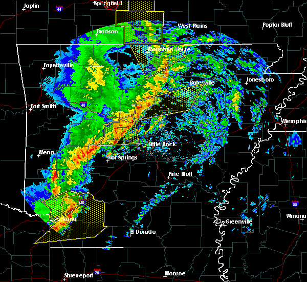 Radar Image for Severe Thunderstorms near Melbourne, AR at 12/1/2018 1:29 AM CST