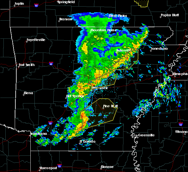 Radar Image for Severe Thunderstorms near Newport, AR at 12/1/2018 2:51 AM CST