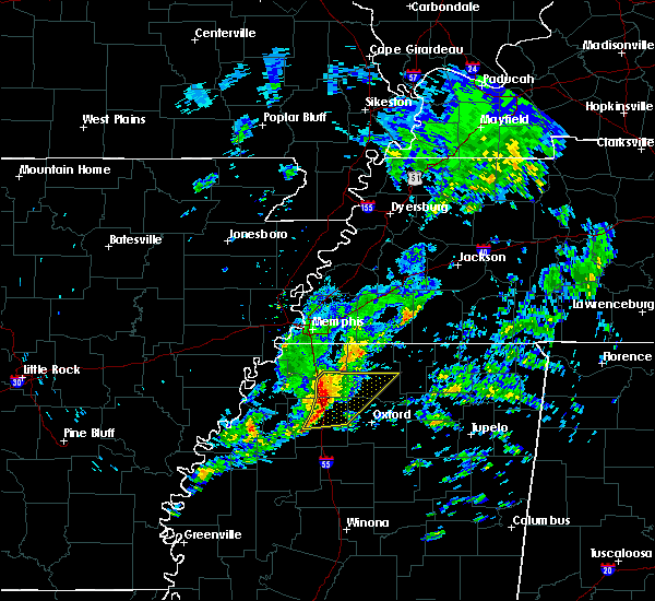 Radar Image for Severe Thunderstorms near Senatobia, MS at 12/1/2018 8:18 AM CST